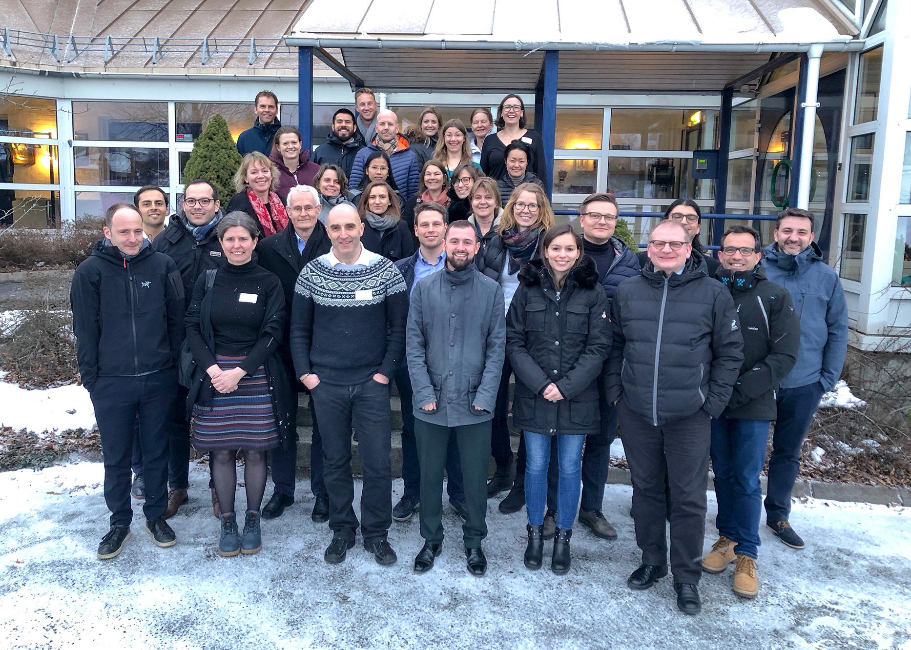 Litt kaldt, men fortsatt blide prosjektpartnere på årets prosjektmøte på Ås.